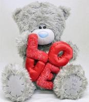 Мишка MTY  30 см держит буквы LOVE